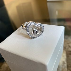 🎉SOLD 🎉Pandora Floating Heart Locket Ring